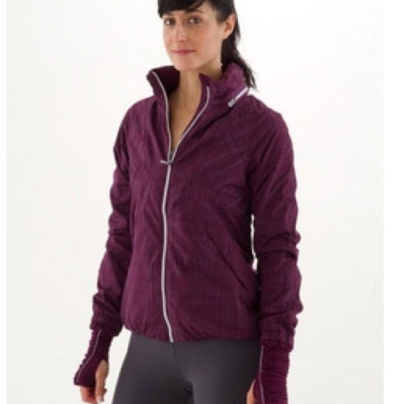 Lululemon Run Hustle Jacket Plum SIZE 2